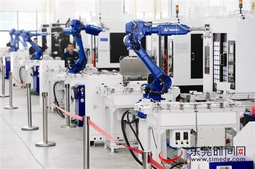 莞企工业机器人生产线,工业机械手被广泛应用
